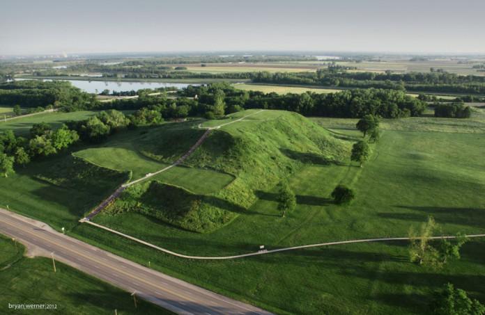 Monks Mound, Bryan Werner