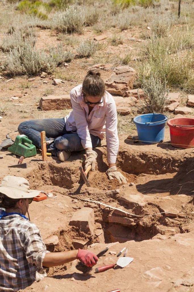 D. Field school students excavate Multi-kiva. Credit: Tom Brownold