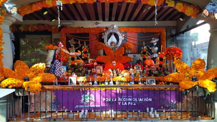 Dia De Los Muertos Altar at the Zocolo.