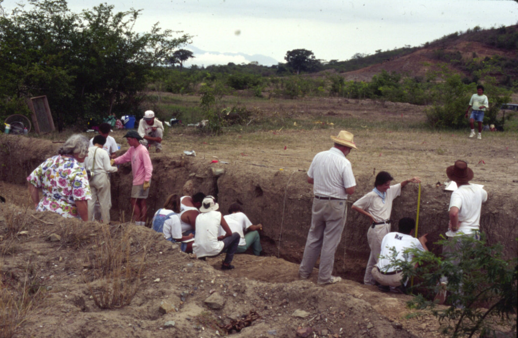 Cleaning road cut at excavation in the lower Ulúa valley, Honduras. Photo Courtesy John Henderson.