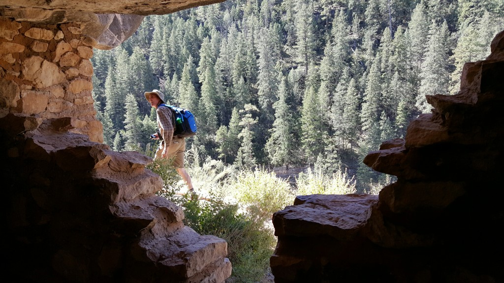 Walnut Canyon National Monument, The Archaeological Conservancy Tour.