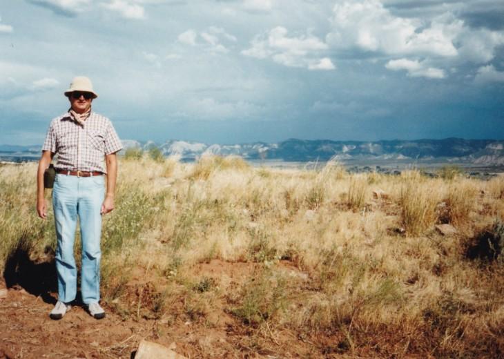 Gordon Wilson at Crow Canyon in 1984; Mesa Verde in the background. Photo Courtesy Gordon Wilson.