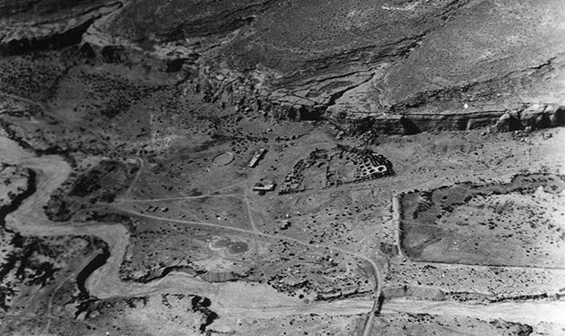 Pueblo Bonito (center) in Chaco Canyon is seen in this aerial photo taken by the Lindberghs. Credit: L. 1 70.1/156 Chaco Canyon. Lindbergh Collection, Archives, Museum of Indian Arts & Culture, Laboratory of Anthropology.