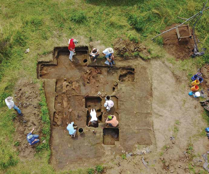 Researchers excavate the middle structure of the three structures that were built on top of each other at Carter Robinson Mounds. Credit: JC Burns.