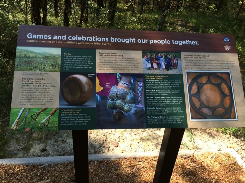 Chickasaw Culture in the signage of Chisha'talla'