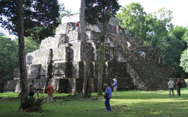 WEB Yaxha-Guatemala